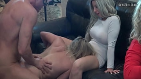 Four horny sluts sucking and fucking at amateur swinger orgy