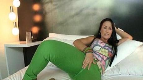 Mature latina perfect pussy and ass 15